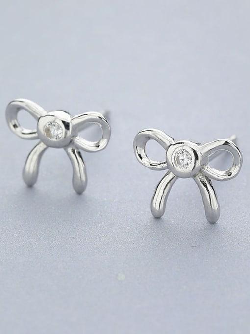 One Silver Temperament Bowknot Shaped Zircon cuff earring 2