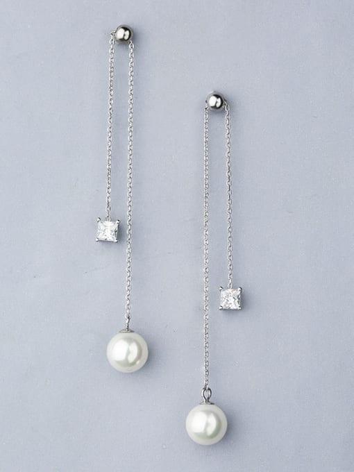 One Silver Women Elegant Pearl Zircon threader earring 0