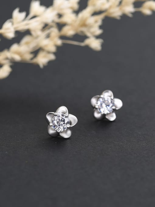 One Silver 925 Silver Plum Blossom Shaped stud Earring 0