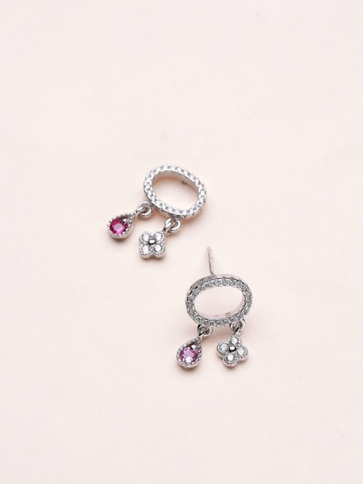 One Silver 925 Sliver Oval Shaped stud Earring 2