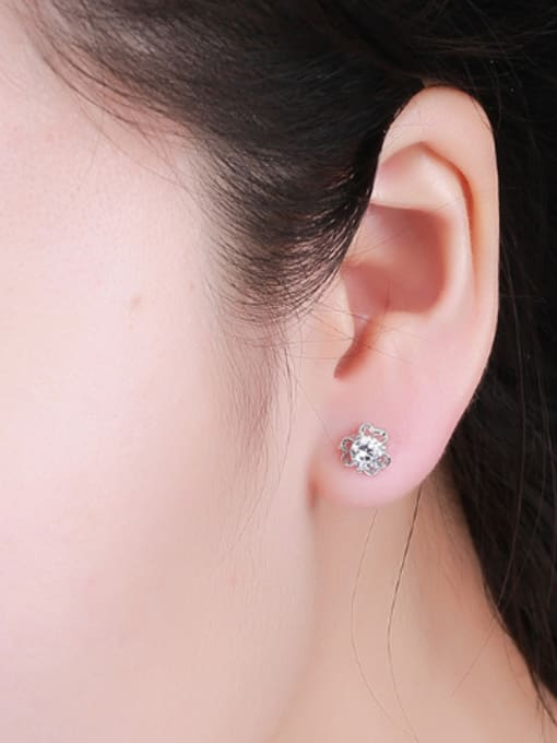One Silver All-match Flower Shaped Zircon stud Earring 1