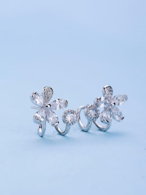 One Silver 2018 Temperament Flower Shaped Zircon Earrings