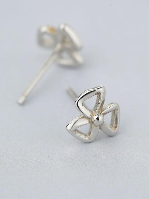 One Silver Women Fashion Bowknot Shaped stud Earring 2