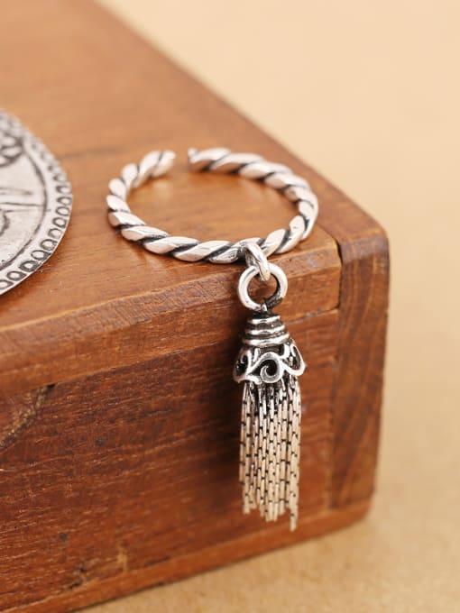 Peng Yuan Fashion Tassels Silver Opening Ring 3