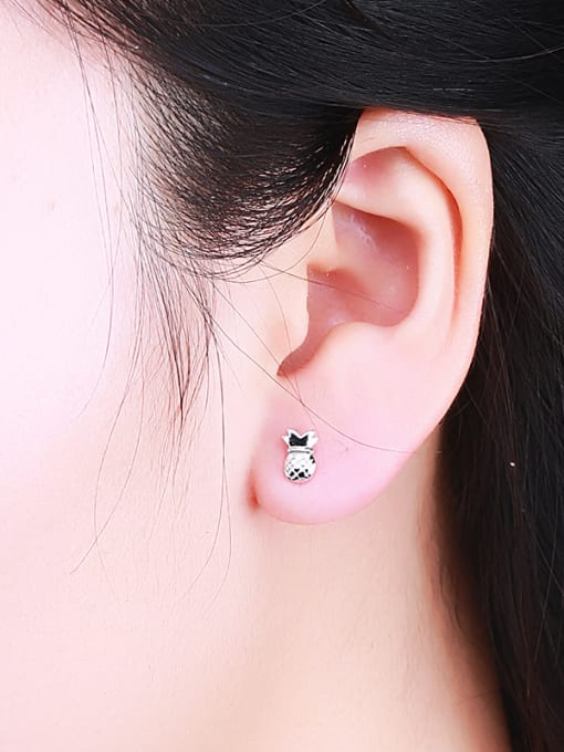 One Silver Cute Pineapple Shaped stud Earring 3