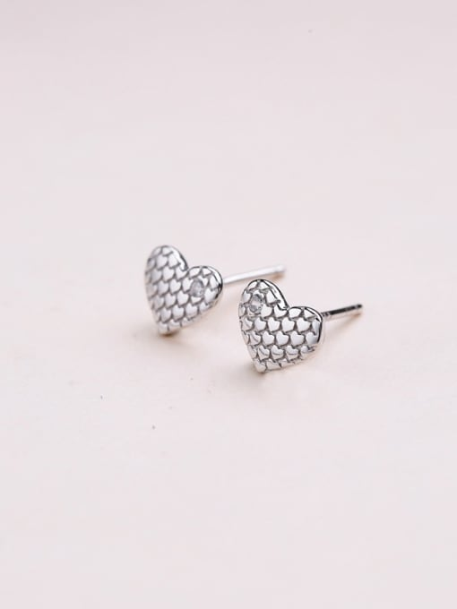 One Silver Women Fashion Heart Shaped Earrings