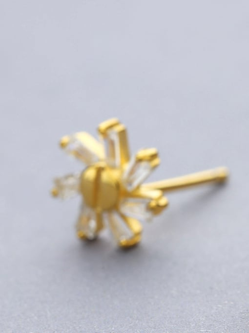 One Silver 925 Silver Gold Plated stud Earring 1