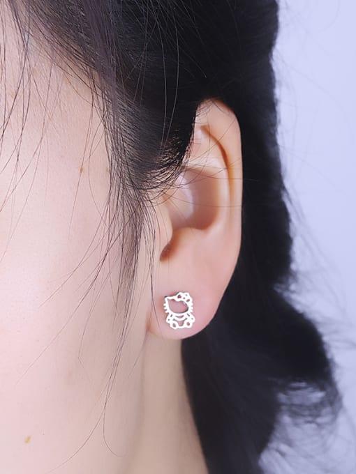 One Silver 925 Silver Cat Shaped stud Earring 1