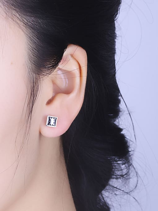 One Silver Fashion Square Shaped stud Earring 1