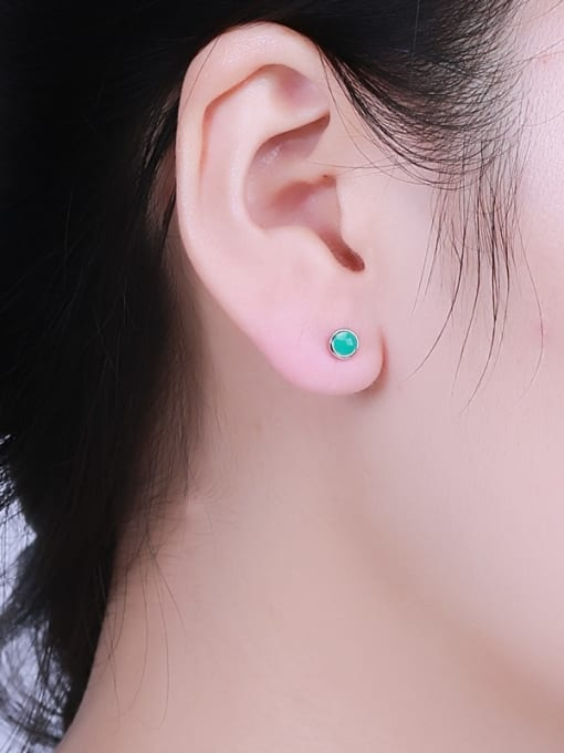 One Silver Fresh Round Shaped stud Earring 1