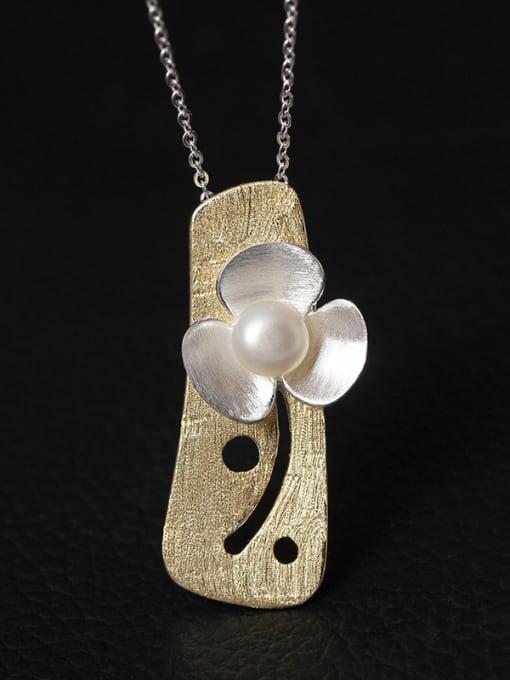 SILVER MI Personality Flower Freshwater Women Necklace