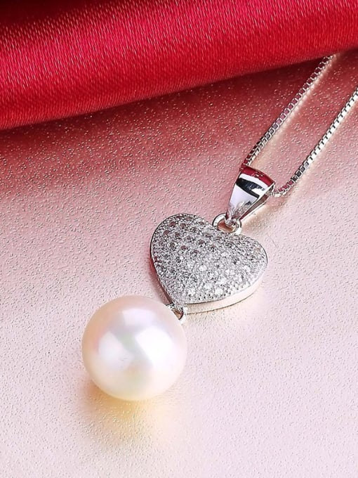 One Silver All-match Freshwater Pearl Heart Pendant 2