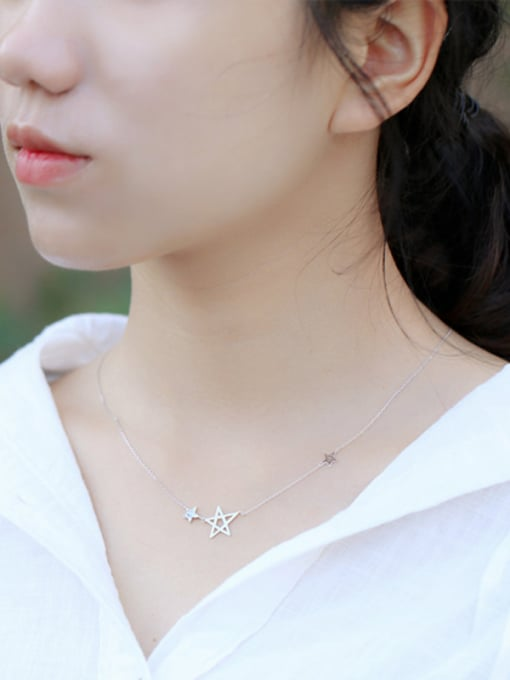 Peng Yuan Fashion Stars Zircon Silver Necklace 1