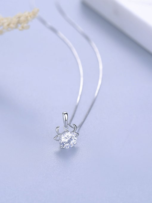 A Fashion 925 Silver Geometric Pendant