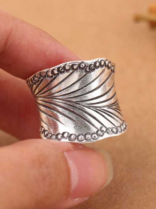 Peng Yuan Retro style Thai Silver Ring 1