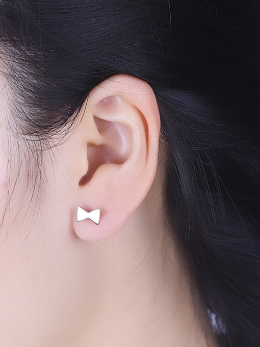 One Silver Personality Asymmetric Bowknot Shaped stud Earring 1