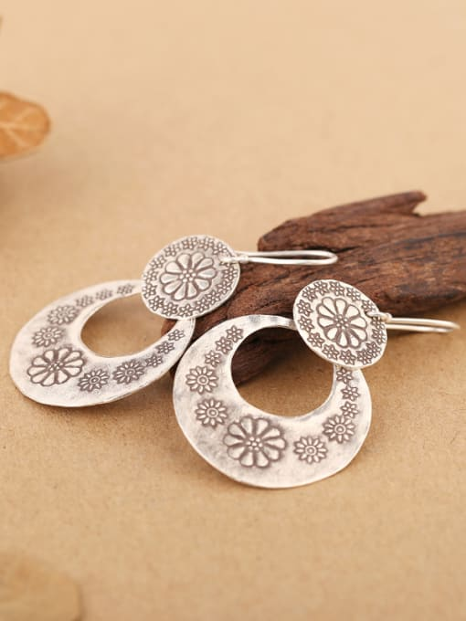 Peng Yuan Ethnic Handmade Silver Flowery hook earring 3