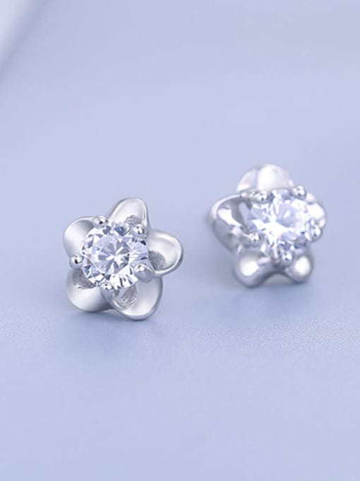 One Silver 925 Silver Plum Blossom Shaped stud Earring 2