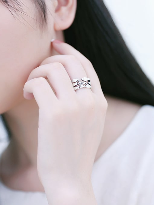 Peng Yuan Personalized Little Fish Silver Ring 1