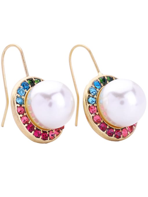 KM Fashion Artificial Pearls Round Ear Hook 1