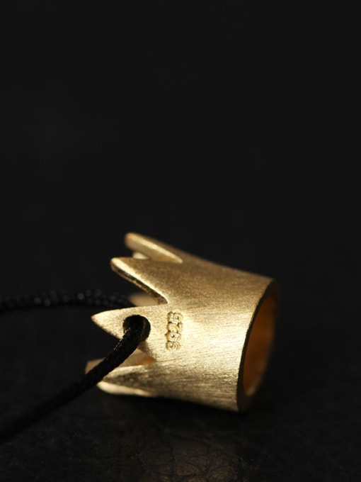 SILVER MI Creative Queen Small Crown Necklace 2