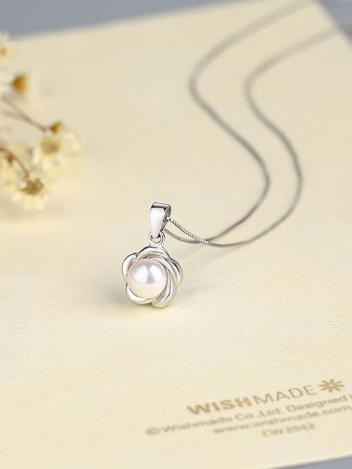 One Silver 925 Silver Flower Pearl Pendant 0
