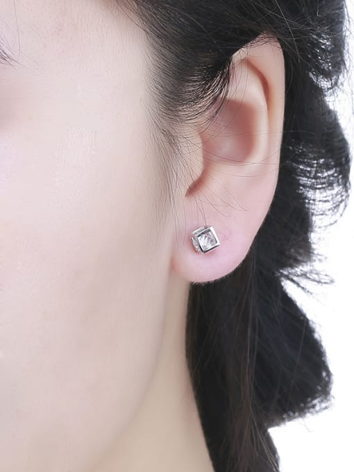One Silver 925 Silver Temperament Square stud Earring 1