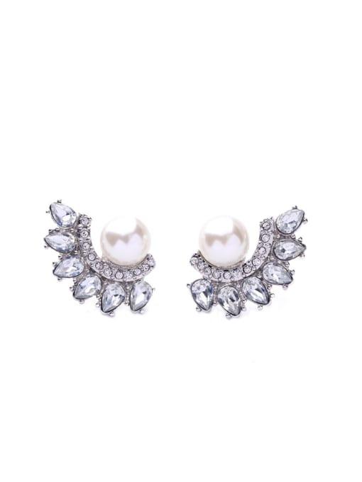 KM Shining Zircons Leave-shape Stud Cluster earring