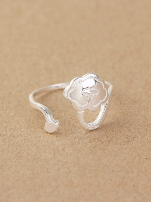 Peng Yuan Little Flower Silver Opening Midi Ring