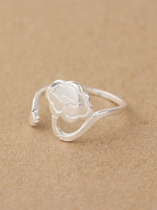 Peng Yuan Little Flower Silver Opening Midi Ring 2