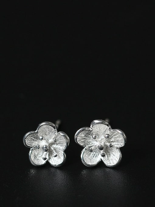 SILVER MI Silver Plated Small Flower Shaped stud Earring