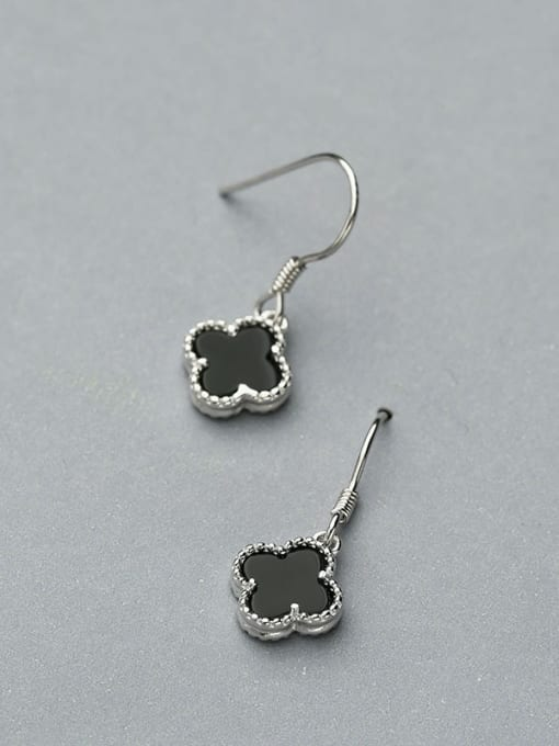 One Silver Women Black Clover Shaped hook earring 3