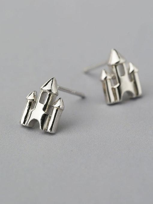 One Silver 925 Silver Castle Shaped stud Earring
