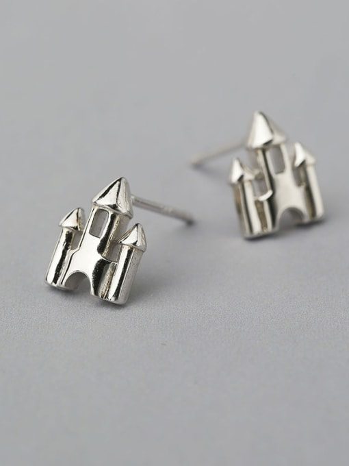 White 925 Silver Castle Shaped stud Earring
