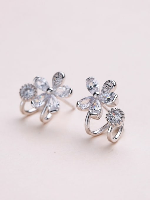 One Silver 2018 Temperament Flower Shaped Zircon Earrings 2