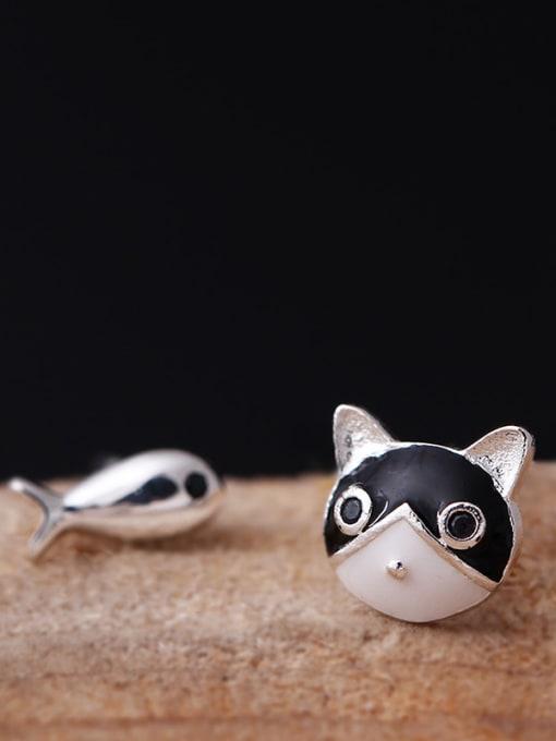 SILVER MI Temperament Cat and Fish stud Earring 1