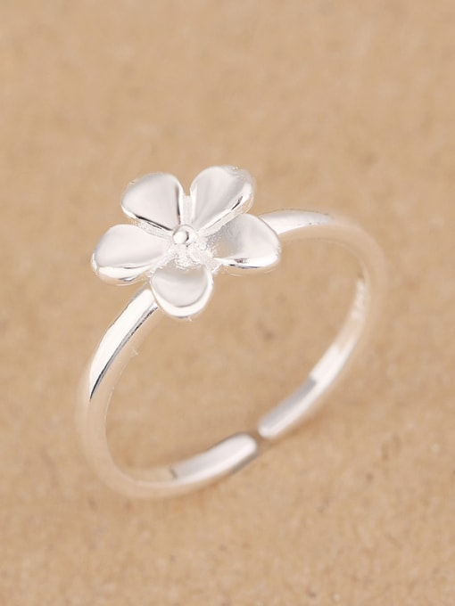 Peng Yuan Simple Flower Silver Opening Midi Ring 1
