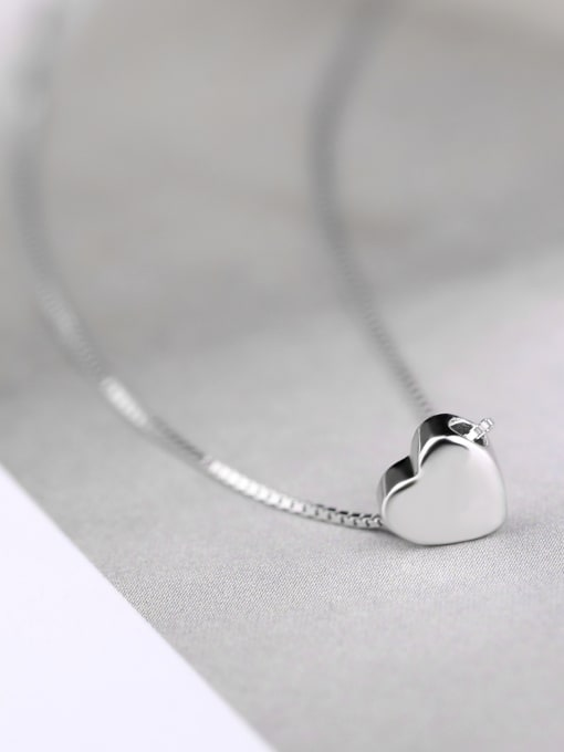 Peng Yuan Simple Heart shaped Silver Necklace 2