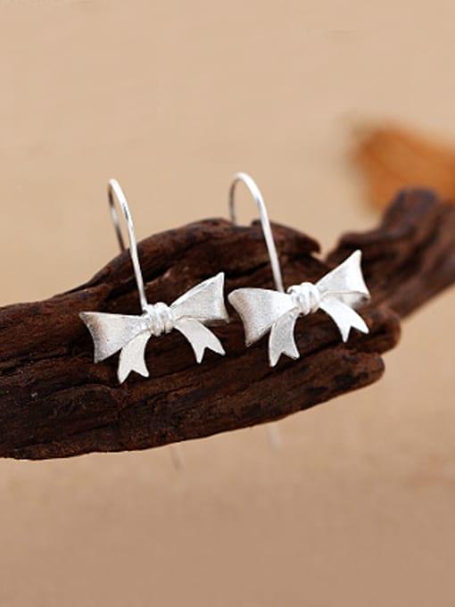 Peng Yuan Simple Little Bowknot Silver hook earring
