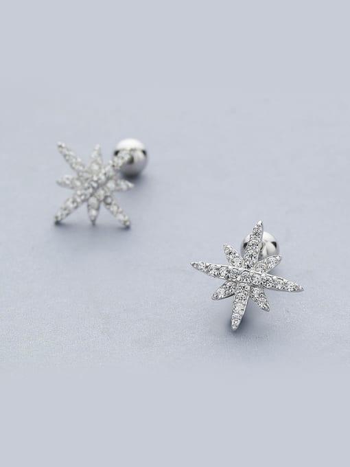 One Silver Women Simply Star Shaped Zircon cuff earring