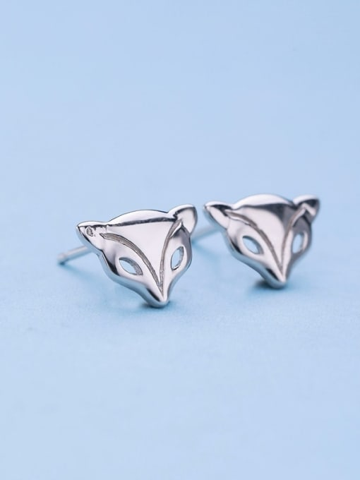 One Silver Women Exquisite Fox Shaped stud Earring 0