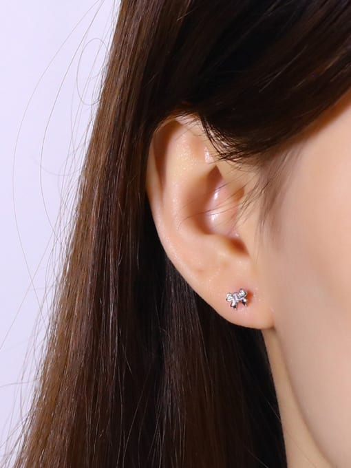 One Silver Beautiful Butterfly Shaped Zircon Earrings 1