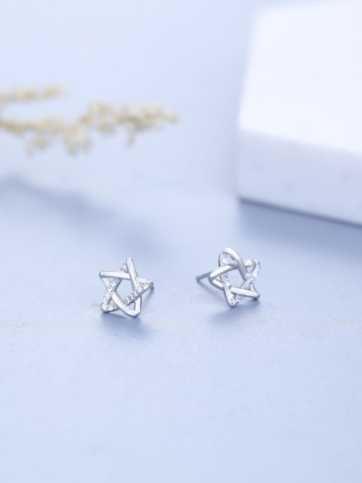 One Silver Women Elegant Star Shaped Zircon stud Earring 0