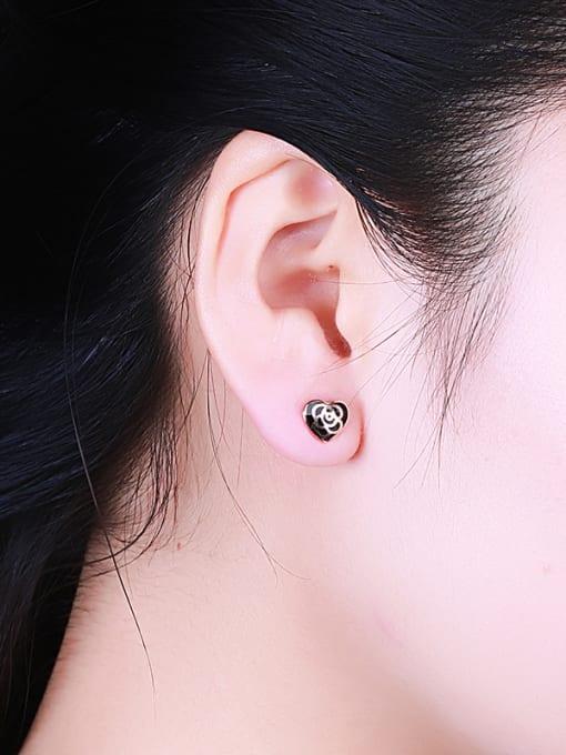 One Silver Retro Style Heart Shaped Earrings 1