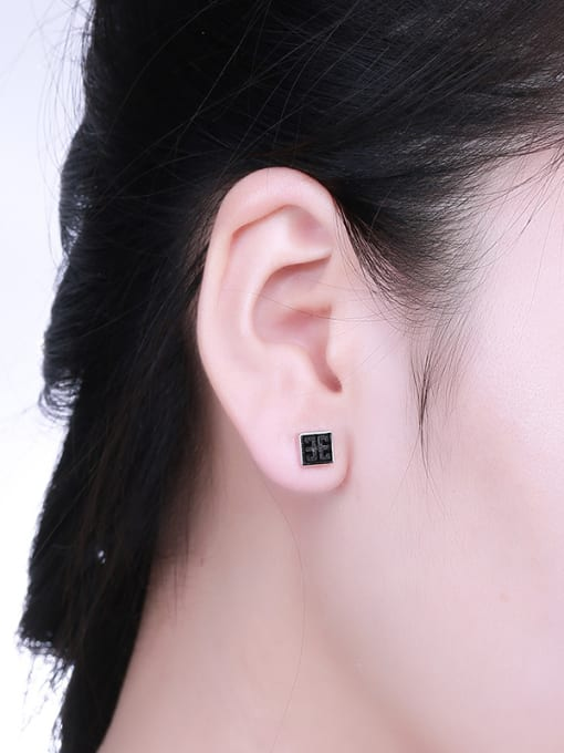 One Silver Retro Style Square Shaped stud Earring 1