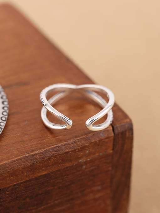 Peng Yuan Simple Silver Cross Opening Midi Ring 2