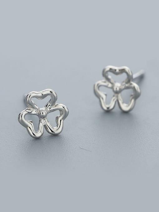 One Silver 925 Silver Flower Shaped cuff earring