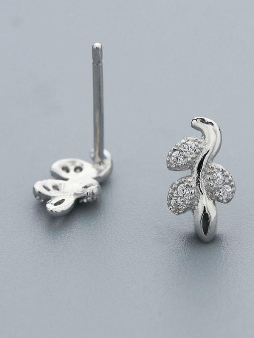 One Silver Fresh Leaf Shaped Zircon cuff earring