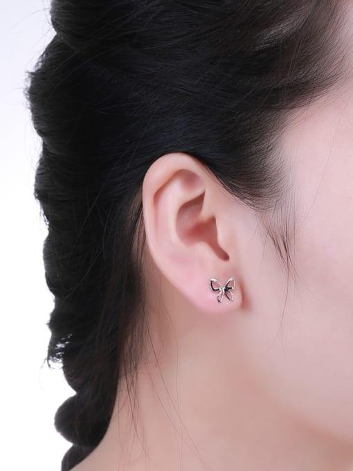 One Silver Women Popular Butterfly Shaped stud Earring 1