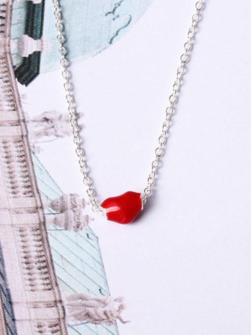 SILVER MI Red Glue Heart Clavicle Necklace